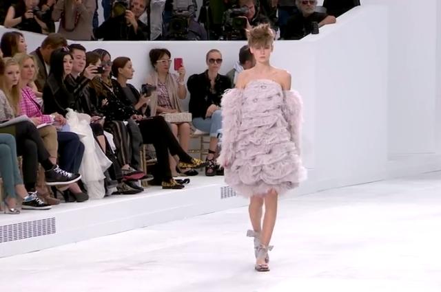 #CHANEL Fall-Winter 2014/15 #Fashion Show